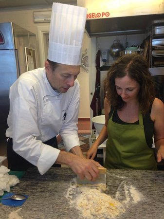 Le Gemme di Artemisia Cooking school Weddings & Accomodation : learning how to cook