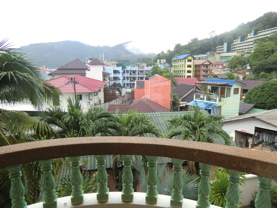 Palmview Resort Patong Beach: good views from deluxe room