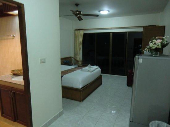 Palmview Resort Patong Beach: deluxe room