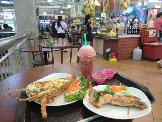 Palmview Resort Patong Beach : My brunch in Banzaan Market