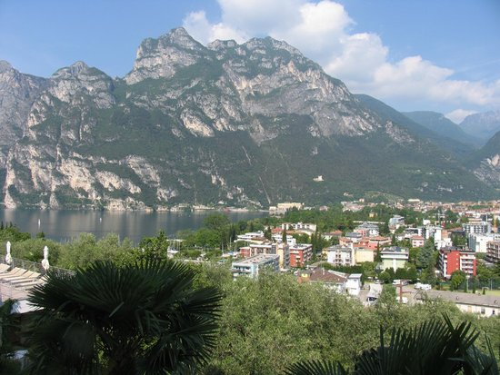 Panoramic Hotel Benacus : Blick auf Riva