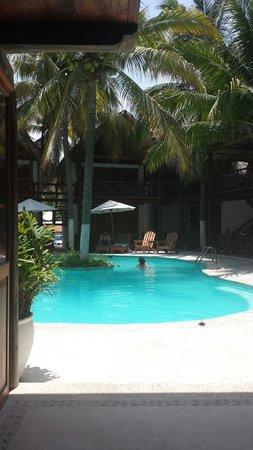 Hotel Nude Zipolite: Pool
