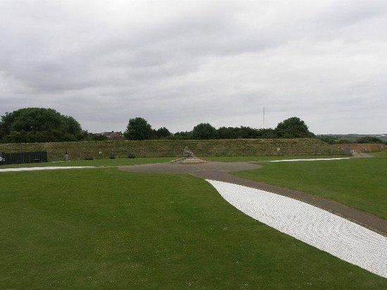Battle of Britain Memorial: Lone crewman and part of propellor