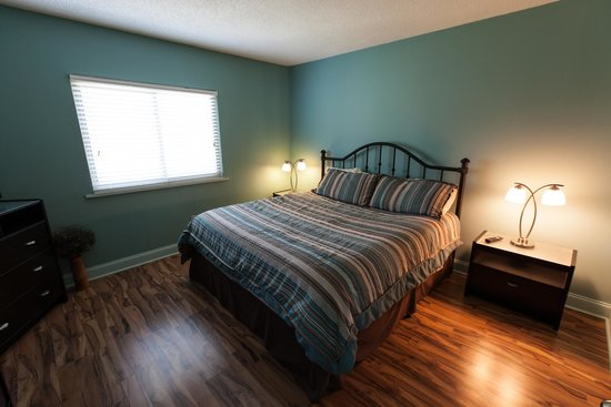 River Place Condos: Master bedroom