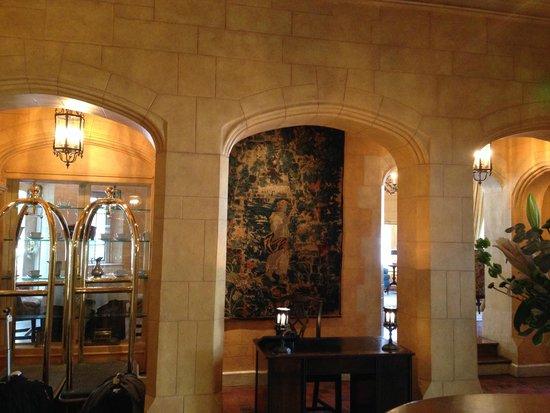 The Henley Park Hotel: Lobby and Tea Room