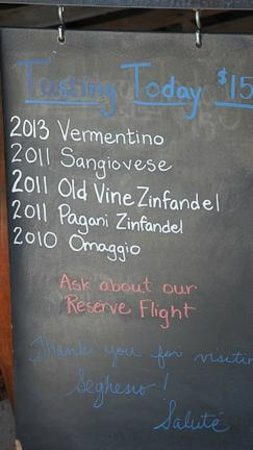 Seghesio Family Vineyards : Sign with tasting menu
