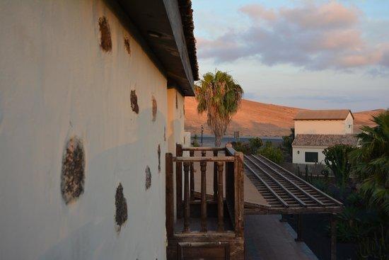 Hotel Boutique & Villas Oasis Casa Vieja : balcones