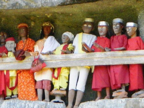 Luta Resort Toraja: Ils veillent sur nous......