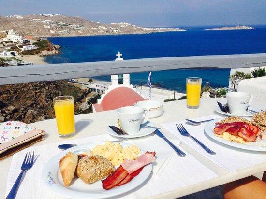 Golden Star Hotel : la colazione
