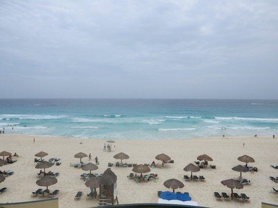 The Royal Islander All Suites Resort: Playa