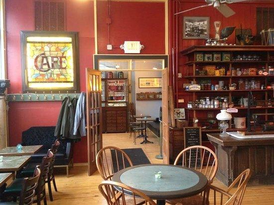 Pleasant and Main: Café