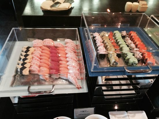 lebua at State Tower : Break fast(sushi)