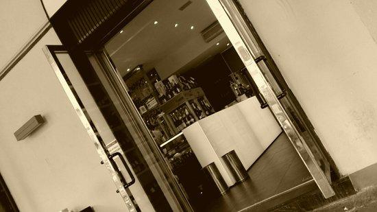 Café Noir : Entrata