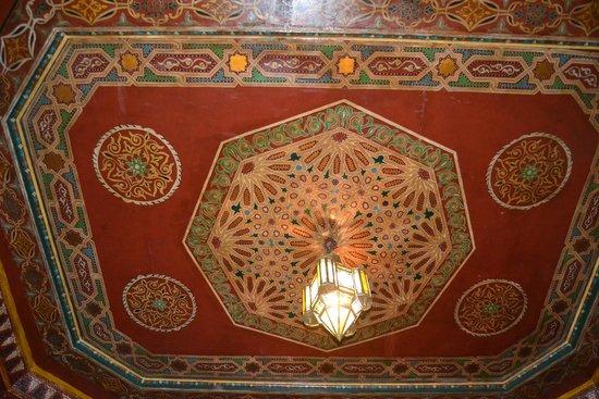 Riad Amssaffah: Soffitto Suite