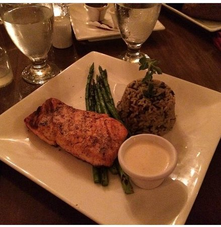 Woodfield Manor, a Sundance Vacations Resort : Dinner at The Frogtown Chophouse
