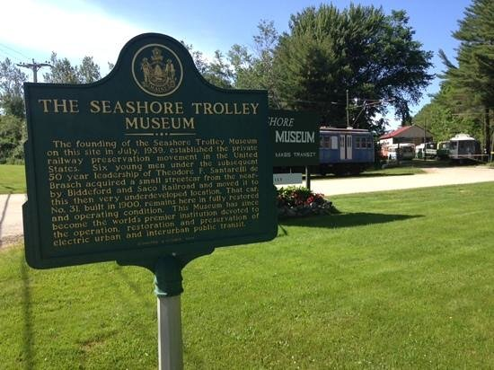 Seashore Trolley Museum : Historical Gem in the middle of nowhere.