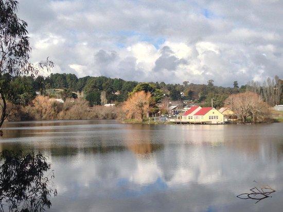 65 Main : Lake Daylesford