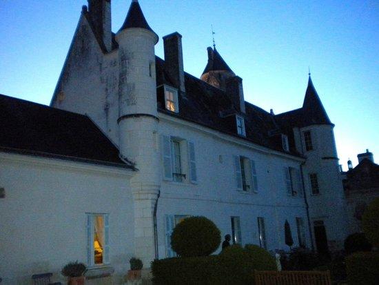 La Maison de l'Argentier du Roy: The back of the B & B at night….WOW!