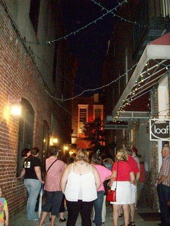 Carolina History & Haunts: Ally way