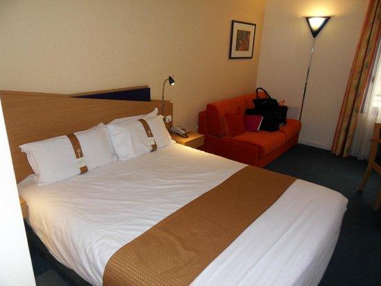 Holiday Inn Express Arras : 215