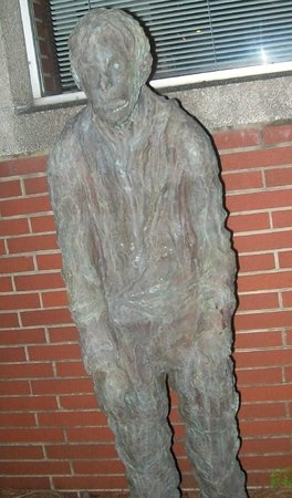 Carolina History & Haunts: He looks like he needs a hug