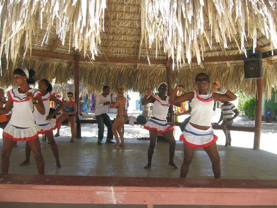 Luxury Bahia Principe Esmeralda Don Pablo Collection: Dancers on Sahona Beach