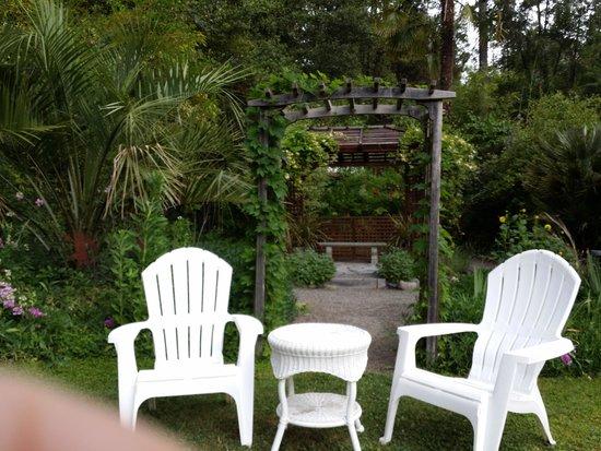 Orr Hot Springs Resort : the garden area