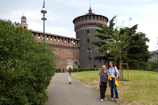 GirandoMilano: at the Castle Sforzesco