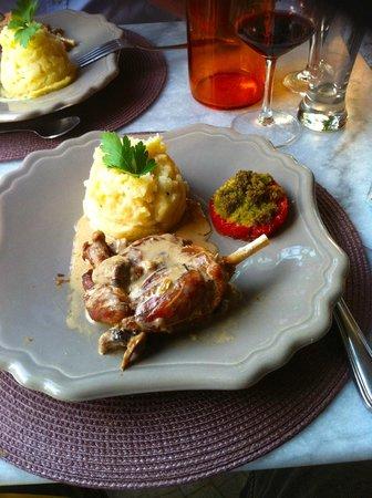 Le comptoir de balthazar : Duck confit a la provencal