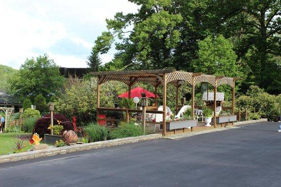Azalea Garden Inn: Sitting area