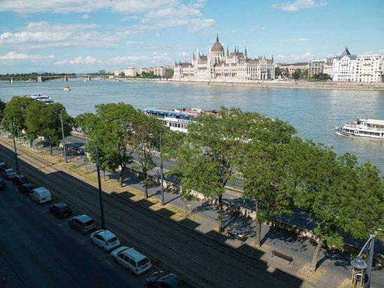 art'otel budapest: Blick von Zimmer 524 im 5.Stück