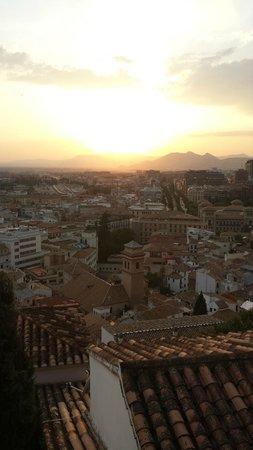 Play Granada : Granada at Sunset