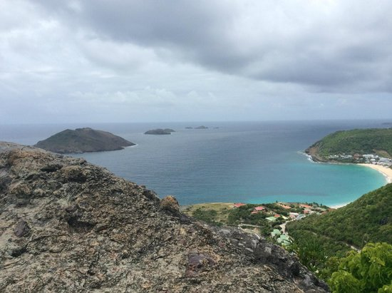 Sonesta Great Bay Beach Resort, Casino & Spa: saint barths mountain view