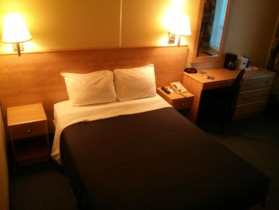Hotel Travelodge Montreal Centre : Room 914