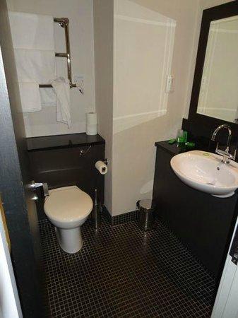 De Vere Staverton Estate: Bathroom