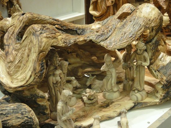 Manger Square Hotel: Un presepe realizzato in un tronco di ulivo