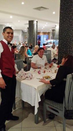 Houda Yasmine Hammamet: L'Art de la Table.