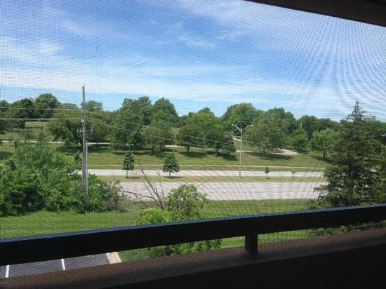 Courtyard Kansas City Overland Park/Metcalf, South of College Boulevard: View from third floor