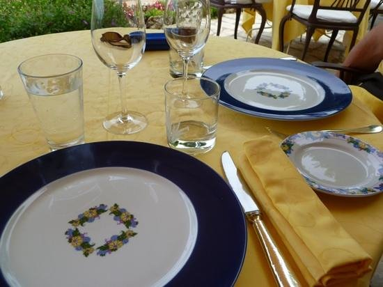L'Esplanade: Beautiful table