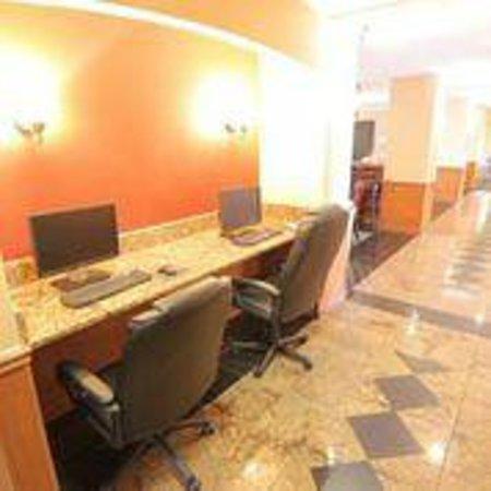 Comfort Inn International: Brand New Business Center