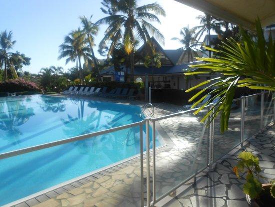 Grand Hotel des Mascareignes: la piscine vu du restaurant