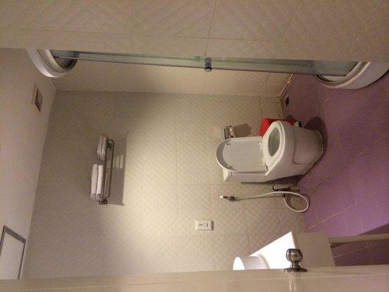 Home@36: bathroom