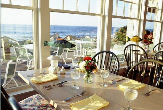 Anchorage Inn: Sun and Surf Restaurant Dining Room