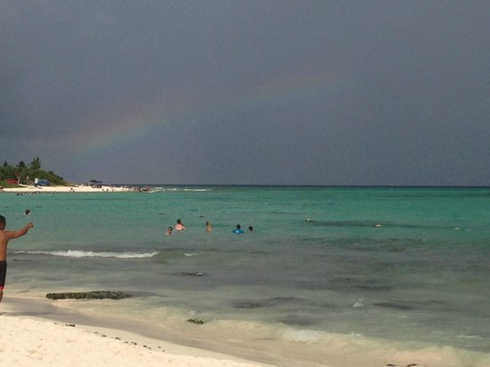 Paradisus Playa Del Carmen La Esmeralda : ocean with rainbow