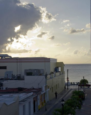 Flamingo Hotel : View to the ocean, west side
