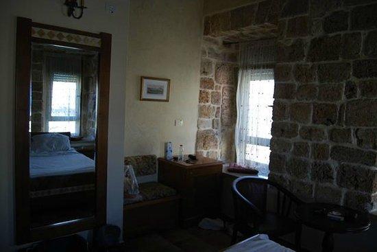 Akkotel: habitación familiar, sofa