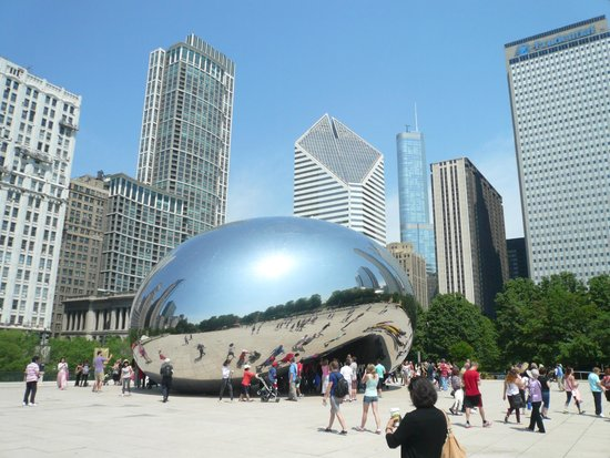 Cloud Gate: a sunny day