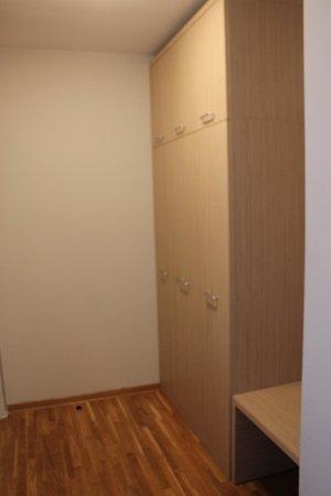 Hotel Nevski: Entrance with closet and storage area