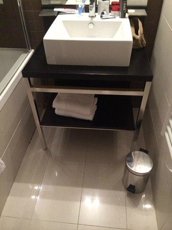 Hipark Nice: Bathroom