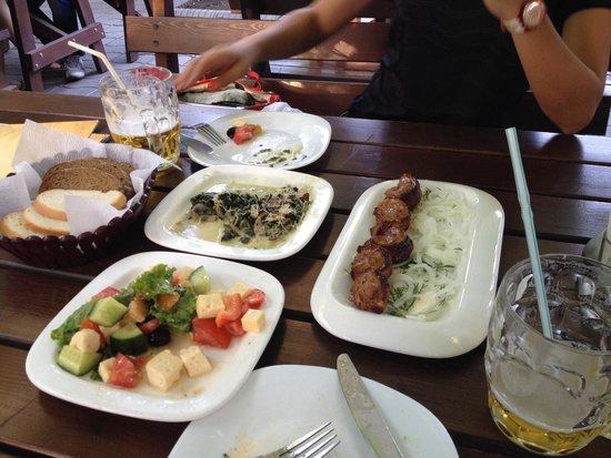 Pinta Pub: Good foods.